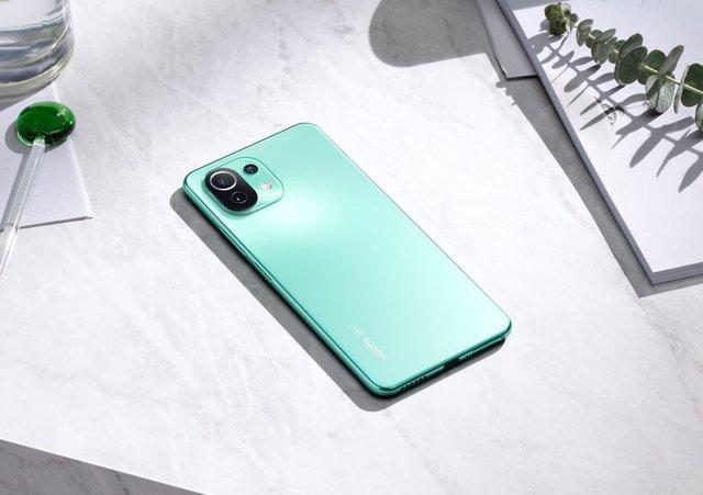 Loạt smartphone 5G hot cập bến Việt Nam trong tháng 5 - Ảnh 2.