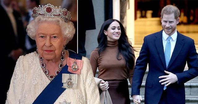 Bị dân Mỹ yêu cầu về Anh vì phát ngôn ngông cuồng trong khi các trợ lý hoàng gia kêu gọi từ bỏ tước hiệu, Harry liệu có đường lui? - Ảnh 2.