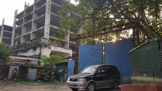 Xót xa dự án bỏ hoang hàng thập kỷ giữa Thủ đô  - Ảnh 6.