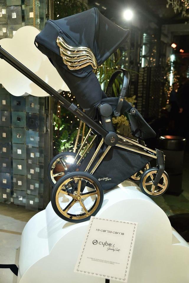 Xe đẩy Cybex cánh vàng: Siêu phẩm dành cho những em bé sướng từ trong nôi, được đích thân Giám đốc sáng tạo của Moschino thiết kế  - Ảnh 6.