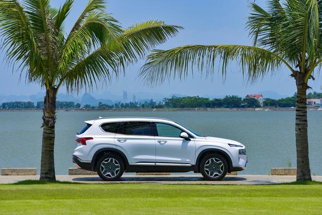 Hyundai Santa Fe 2021 chính thức ra mắt tại Việt Nam, giá từ 1,03 đến 1,34 tỷ đồng - Ảnh 12.