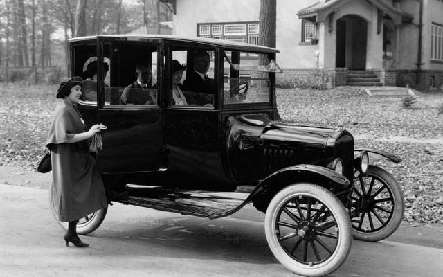 Những mẫu xe đánh dấu sự phát triển ngành ô tô thế giới - Ảnh 3.