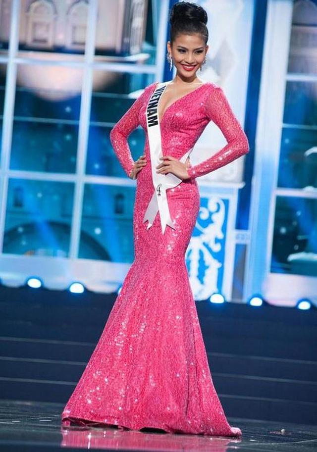 7 chiếc váy đẹp nhất Miss Universe của mỹ nhân Việt: Toàn cực phẩm nhưng ai mới là người nổi nhất - Ảnh 6.