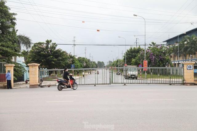 Hình ảnh đóng cửa các khu công nghiệp ở tỉnh Bắc Giang  - Ảnh 1.
