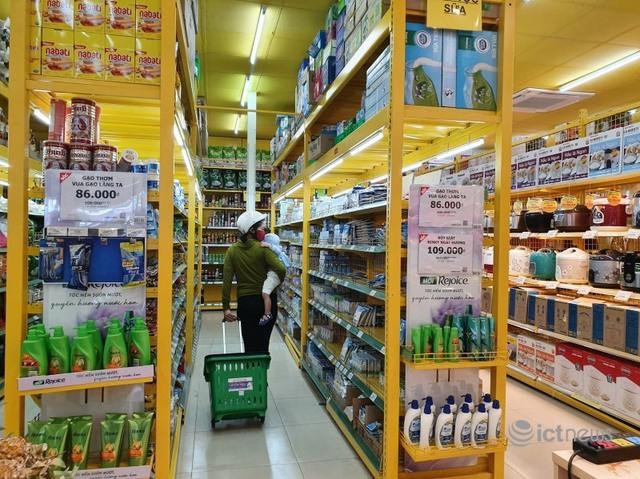 Alibaba nhảy vào đẩy thị trường hàng tiêu dùng Việt thành đấu trường sinh tử - Ảnh 1.