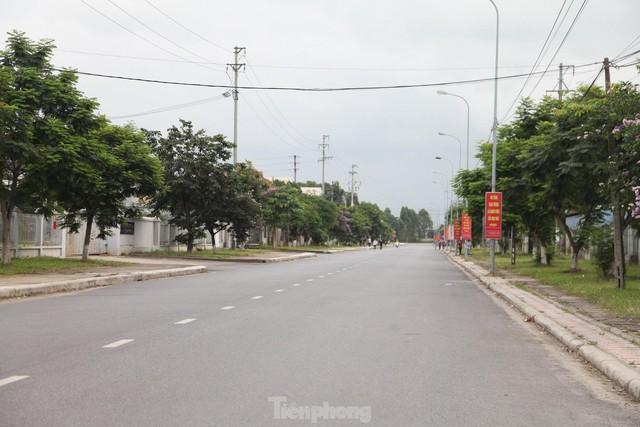 Hình ảnh đóng cửa các khu công nghiệp ở tỉnh Bắc Giang  - Ảnh 3.