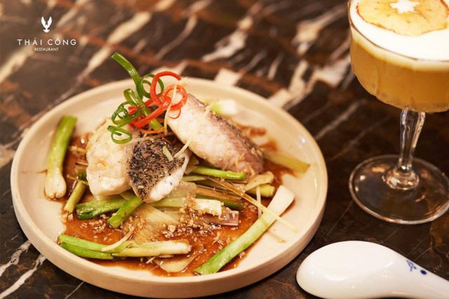 """Trước khi đóng cửa, nhà hàng của NTK Thái Công cầu kỳ và đẳng cấp tới mức này: Không được gọi nhân viên là """"Em ơi"""", chỉ nhận đặt bàn tối đa 6 khách - Ảnh 4."""