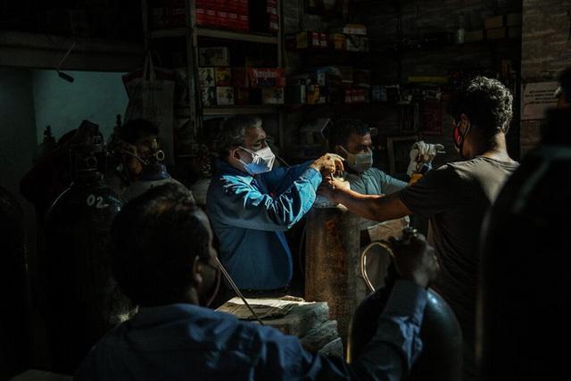 'Đùa giỡn với mạng người, khủng hoảng đạo đức': Sự thật tàn khốc tại thị trường chợ đen Ấn Độ - Ảnh 4.
