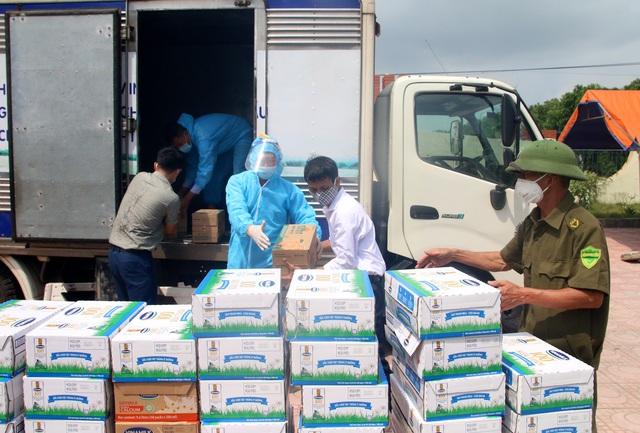 Vinamilk hỗ trợ 2 triệu sản phẩm dinh dưỡng cho cộng đồng và tuyến đầu chống dịch Covid-19 - Ảnh 3.