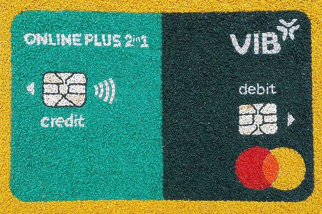 Người dùng hào hứng với dòng thẻ tích hợp đầu tiên tại Đông Nam Á - Ảnh 1.