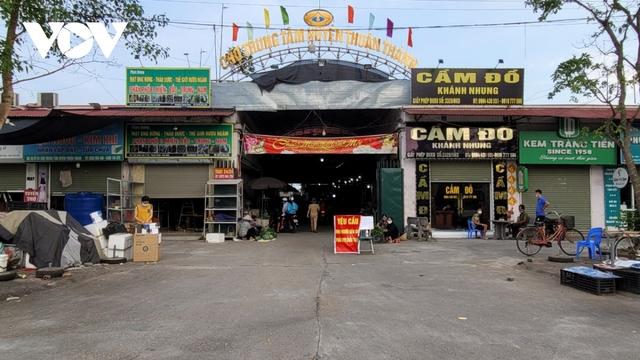 Người dân Bắc Ninh thực hiện đi chợ theo thẻ - Ảnh 2.