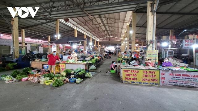 Người dân Bắc Ninh thực hiện đi chợ theo thẻ - Ảnh 5.