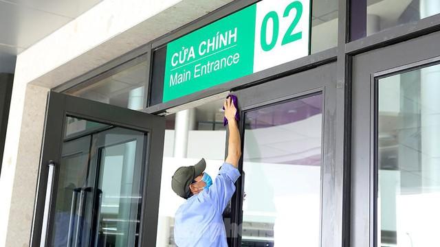 Bệnh viện dã chiến Bạch Mai cơ sở 2 sẵn sàng điều trị bệnh nhân COVID  - Ảnh 11.