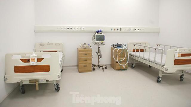 Bệnh viện dã chiến Bạch Mai cơ sở 2 sẵn sàng điều trị bệnh nhân COVID  - Ảnh 12.