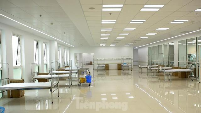Bệnh viện dã chiến Bạch Mai cơ sở 2 sẵn sàng điều trị bệnh nhân COVID  - Ảnh 13.