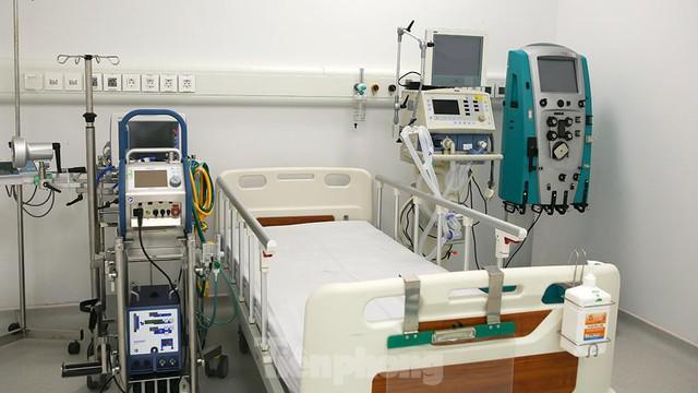 Bệnh viện dã chiến Bạch Mai cơ sở 2 sẵn sàng điều trị bệnh nhân COVID  - Ảnh 8.