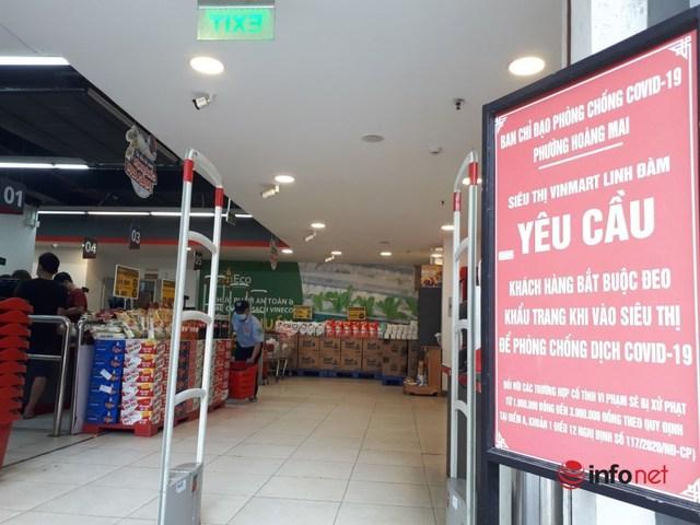 Hà Nội: Dân đổ xô về quê, đi chơi ngày lễ, siêu thị vắng khách, chợ ế hàng - Ảnh 8.