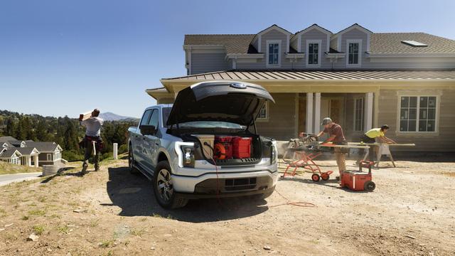 Siêu bán tải chạy điện Ford F-150 Lighning ra mắt: Mạnh, ngập tràn công nghệ, giá từ 40.000 USD - Ảnh 5.