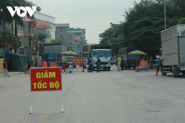 """Bắc Ninh hỏa tốc """"gỡ khó"""" cho xe ra vào Tổ hợp Samsung, Canon Việt Nam  - Ảnh 3."""