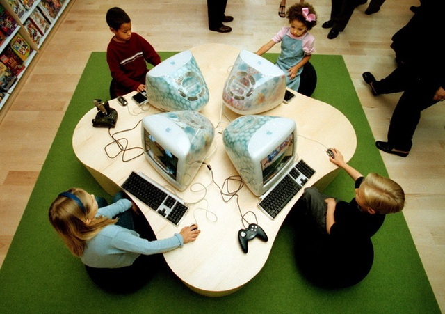 Đây là cách Steve Jobs đã thay đổi bộ mặt của cả ngành bán lẻ, từ 20 năm trước - Ảnh 2.
