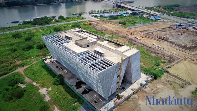 Những công trình nghìn tỷ dang dở tại Khu đô thị mới Thủ Thiêm - Ảnh 14.