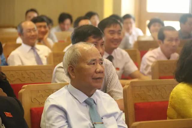 Hình ảnh khám xét, bắt giam cựu Giám đốc Sở Tài nguyên - Môi trường Khánh Hòa  - Ảnh 7.