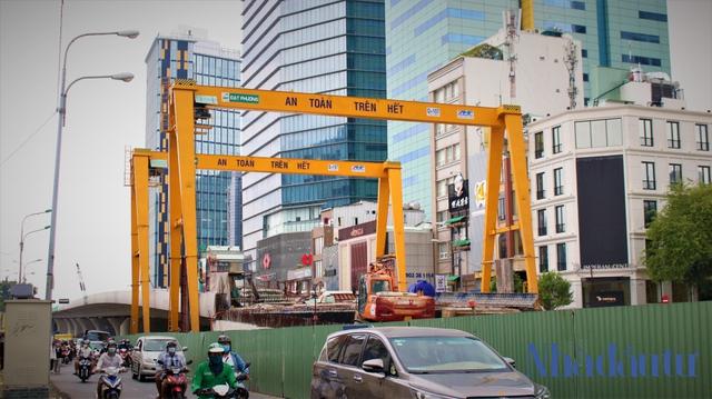 Những công trình nghìn tỷ dang dở tại Khu đô thị mới Thủ Thiêm - Ảnh 8.