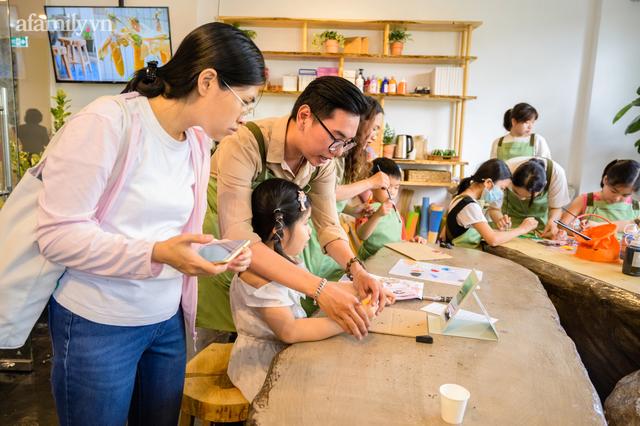Tổ hợp giáo dục đầu tiên tại Việt Nam: Từ không gian 5 sao, thư viện xịn xò miễn phí đến câu chuyện đồng hành cùng con bằng giáo dục gia đình - Ảnh 30.