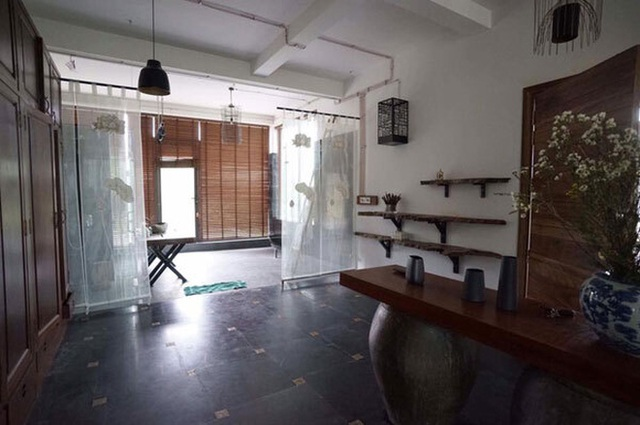 Khám phá căn biệt phủ ngoại ô của con gái PGS Văn Như Cương: Xây trên quả đồi rộng 200 m2, view cánh đồng rộng mênh mông, bên cạnh có suối chảy róc rách - Ảnh 9.