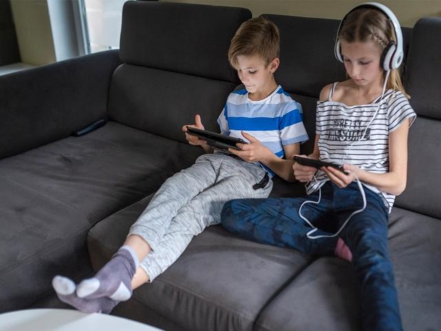 Không phải điện thoại hay TV, đây mới là điều huỷ hoại tương lai của trẻ: Đáng tiếc, nguyên nhân xuất phát từ cha mẹ - Ảnh 2.