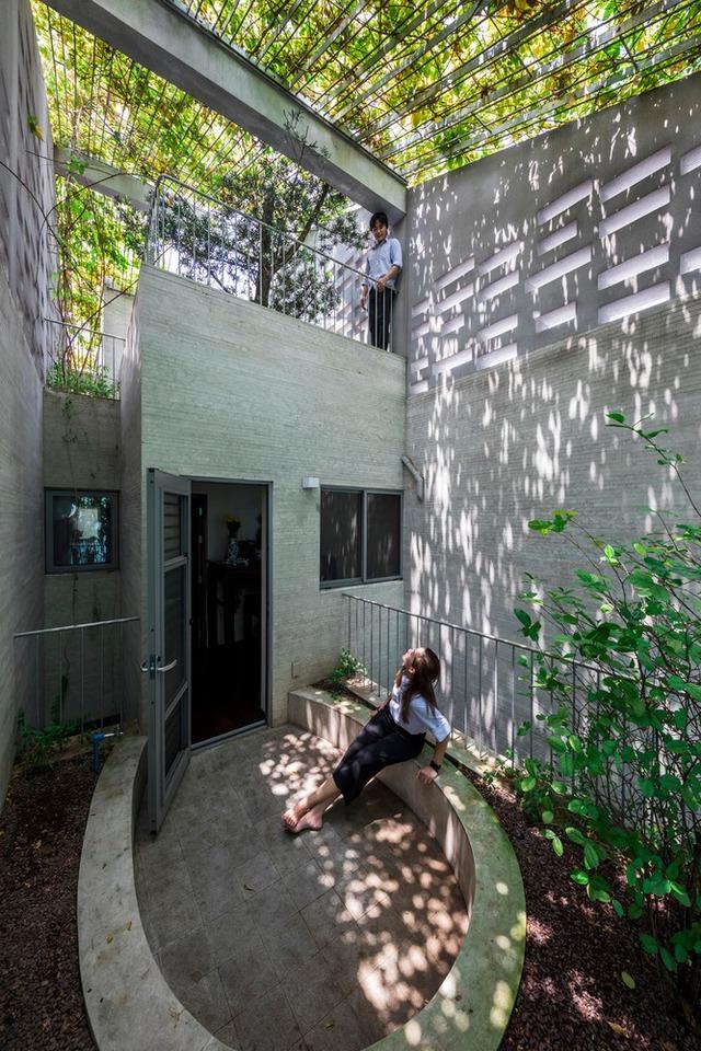 Thiết kế diện tích giếng trời bao nhiêu là đủ cho nhà phố xanh mát? - Ảnh 4.