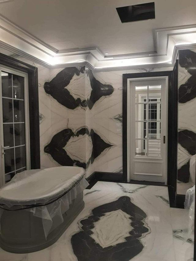 Những thiết kế gây tranh cãi của Thái Công: Ảnh 3D và thực tế khác biệt nhau, bồn tắm sàn gỗ thiếu tính thực tiễn - Ảnh 7.