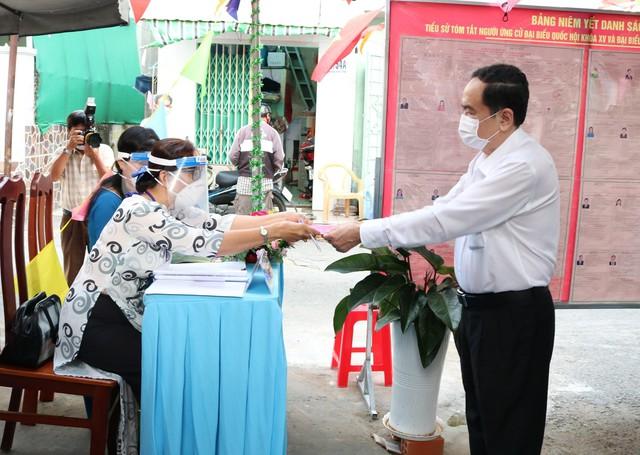 Phó Chủ tịch Thường trực Quốc hội Trần Thanh Mẫn bỏ phiếu tại Cần Thơ  - Ảnh 3.