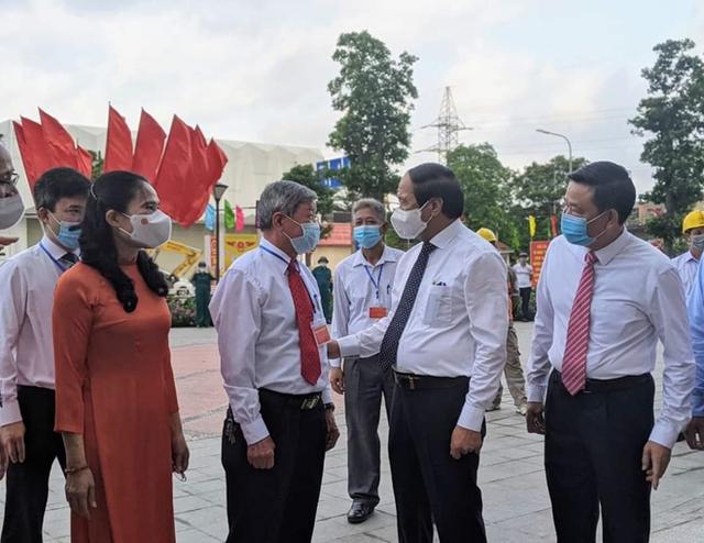 Chủ tịch Quốc hội và Phó Thủ tướng bỏ phiếu bầu cử tại Hải Phòng - Ảnh 4.