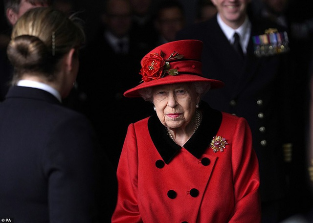 Lời tuyên bố đanh thép của Thái tử Charles dành cho Harry sau loạt bê bối và đây là giải pháp duy nhất để chàng hoàng tử quay lại với gia đình - Ảnh 3.