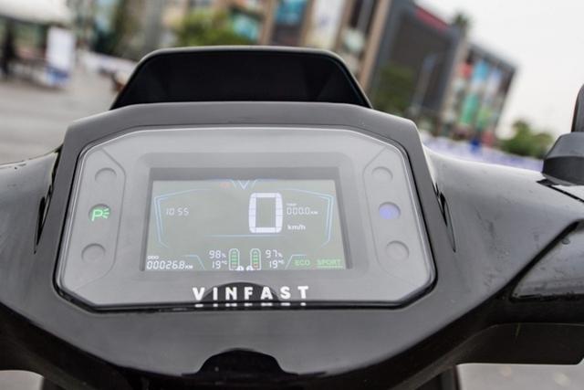 Lộ thống số kỹ thuật của xe máy điện VinFast Vento - Ảnh 4.