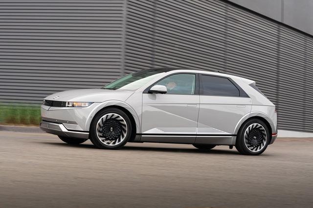 Thêm một mẫu ô tô điện hàng hot Hyundai Ioniq5 2022 sắp bán tại Mỹ - Ảnh 3.