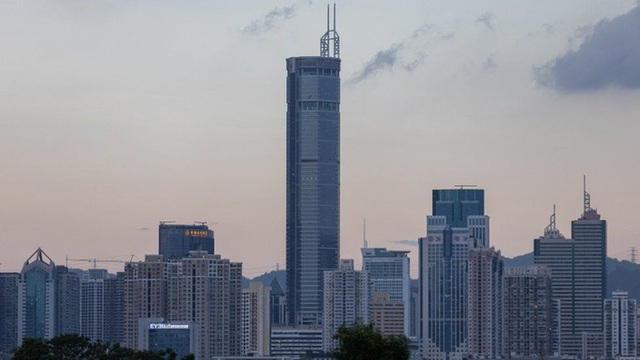 Trung Quốc điều tra gấp vụ tòa nhà chọc trời rung lắc không lý do - Ảnh 1.