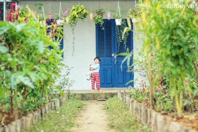 Khu vườn đậm chất thơ bình yên như cổ tích khiến hàng nghìn người mơ ước của cô gái rời Hà Nội về quê - Ảnh 1.
