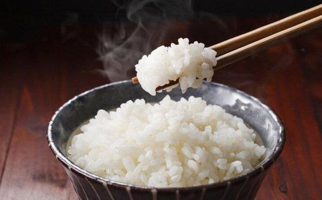 Những người có tuổi thọ ngắn thường có 3 đặc điểm chung sau mỗi lần ăn cơm, nếu bạn không có, xin chúc mừng vì bạn có sức khỏe rất tốt - Ảnh 1.
