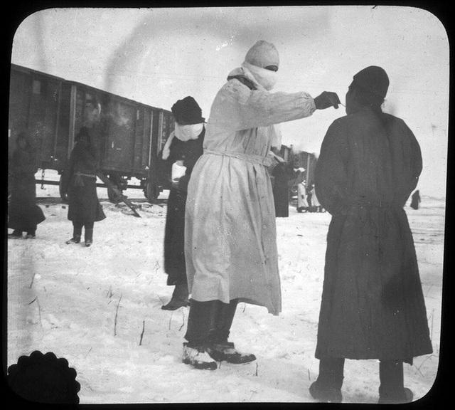 110 năm trước, điều kỳ diệu xảy ra sau chiếc khẩu trang: Chấm dứt đại dịch khiến hàng vạn người ho ra máu mà chết - Ảnh 5.