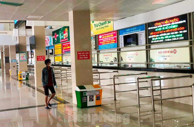 Đìu hiu bến bãi Hà Nội, xe khách nghỉ chạy đến 80%  - Ảnh 8.