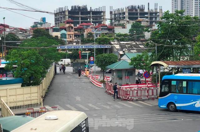 Đìu hiu bến bãi Hà Nội, xe khách nghỉ chạy đến 80%  - Ảnh 9.