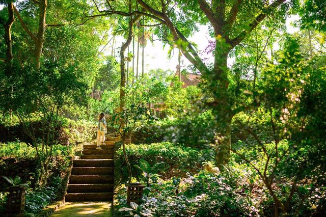 Mê mẩn với căn nhà second-home đẹp đến phát thèm tại ngoại ô Hà Nội, lộ bí quyết nhà đẹp quanh năm chỉ với 0 đồng của chủ nhà - Ảnh 1.