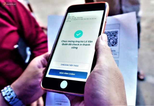 Ảnh: Người Đà Nẵng lần đầu trải nghiệm đi chợ bằng thẻ ứng dụng công nghệ QR Code - Ảnh 13.