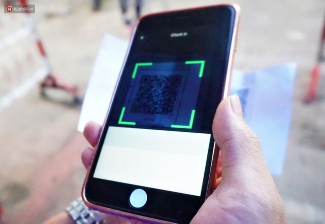 Ảnh: Người Đà Nẵng lần đầu trải nghiệm đi chợ bằng thẻ ứng dụng công nghệ QR Code - Ảnh 16.