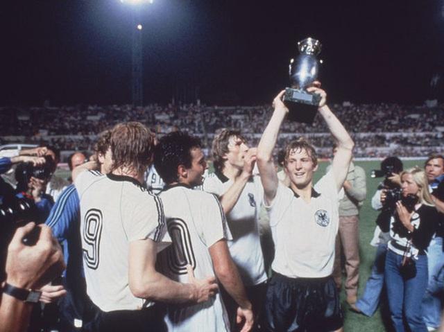 Toàn bộ thông tin cần biết về Euro 2020 - giải đấu đặc biệt nhất lịch sử bóng đá - Ảnh 3.