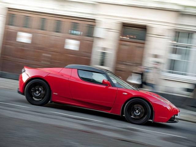 Chiếc xe điện đầu tiên của tỉ phú giàu nhất thế giới: Khỏe ngang Ferrari mà rẻ hơn một nửa - vẫn chìm vào quên lãng! - Ảnh 4.