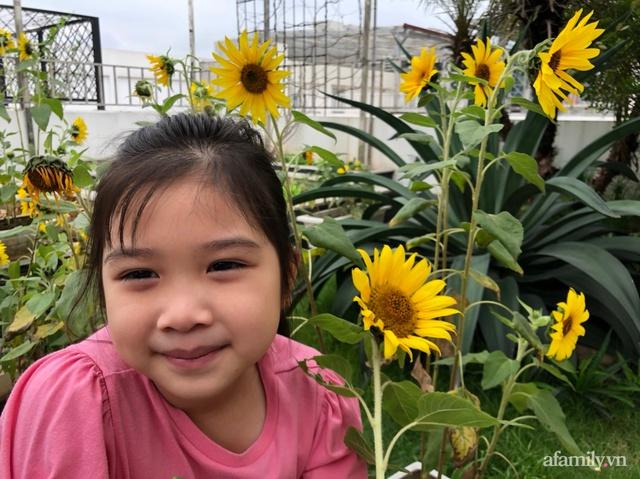 Vườn rau quả sạch 100m² trên mái nhà của mẹ 3 con ở Hà Nội - Ảnh 14.