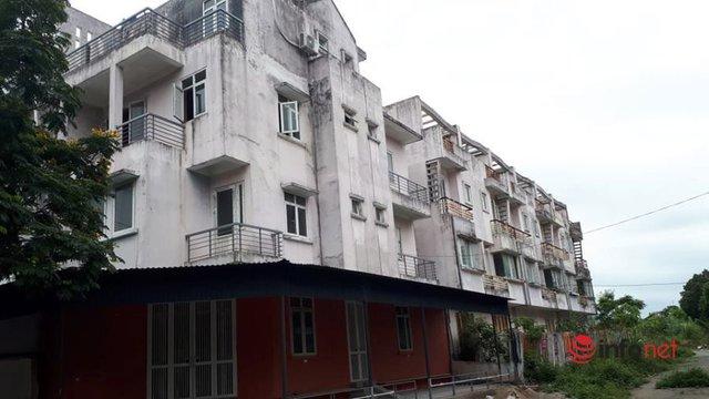 Khu đô thị ma la liệt biệt thự, nhà không người hoang vu ở Hà Nội - Ảnh 7.